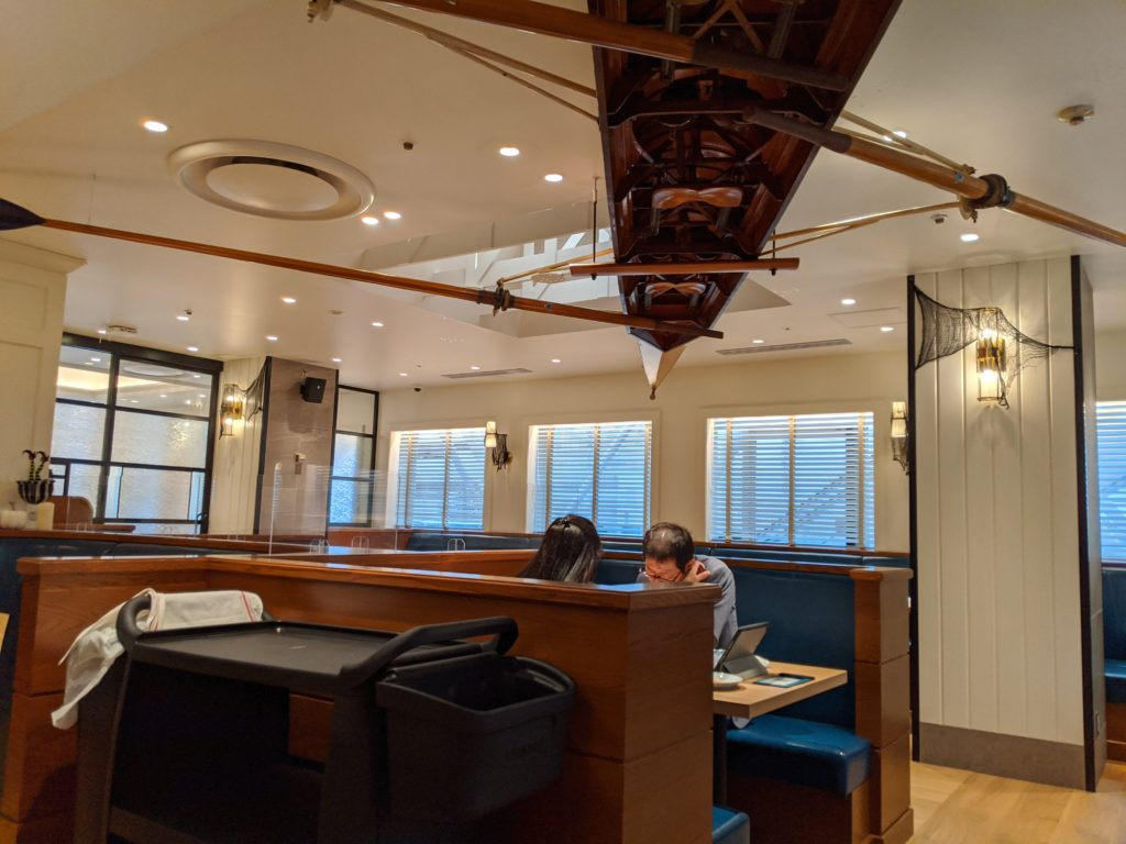 THE GALLEY Seafood&Grill by三笠会館 店内
