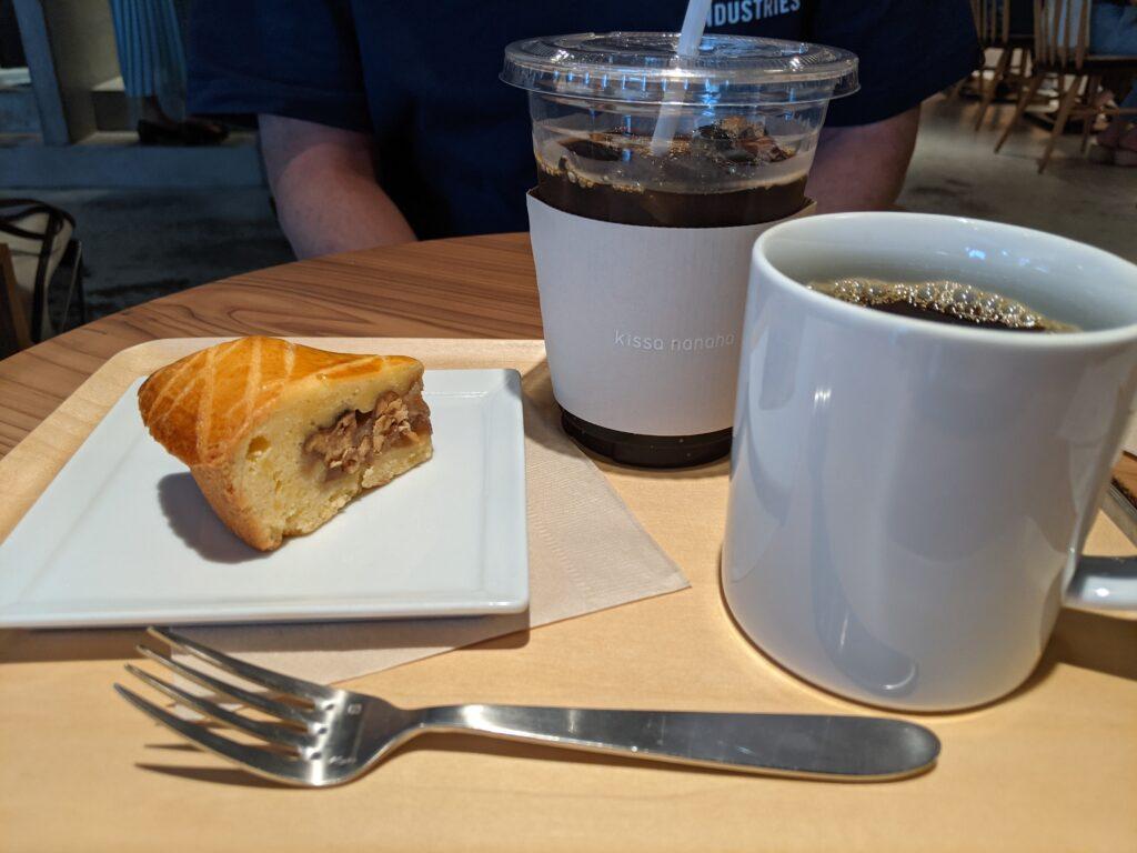 コーヒーとエンガディーナ